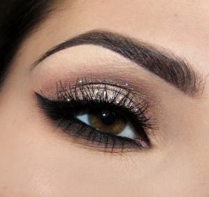 glitter-brown-eye-makeup