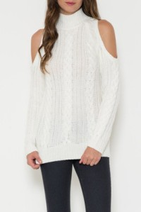 10-20-15-06-35-25_cold+shoulder+cable+sweater