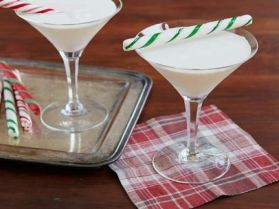sh0706_candy_cane_cocktail1.jpg.rend.sni12col.landscape