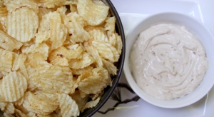 French-Onion-Dip_2