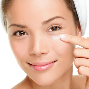 Doctor-Answers-Question-Wrinkle-Cream-Eyes